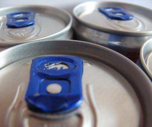 Energy Drinks: Wann besteht ein Risiko?