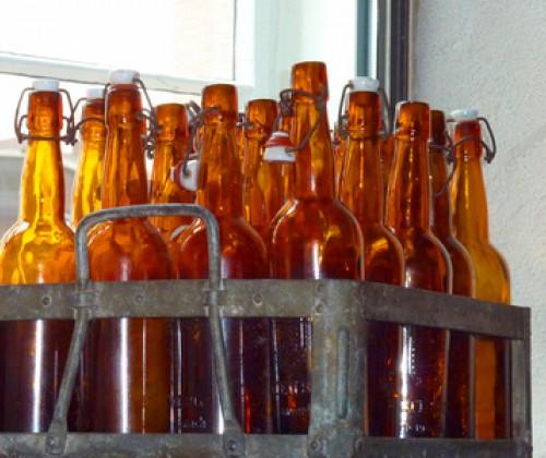 Restalkohol auf fast allen alkoholfreien Bieren gekennzeichnet