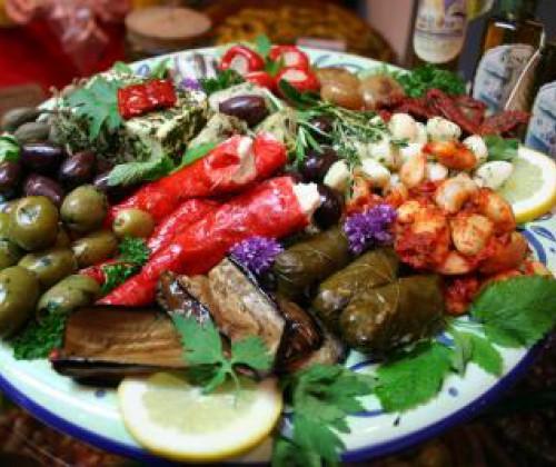 Clostridium botulinum: Gesundheitliche Risiken bei in Öl eingelegtem Gemüse