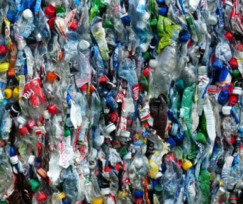 Plastikmüll in Handel und Gastronomie: Handlungsbedarf gegeben