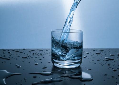 Nitrat im Trinkwasser: Erhöhtes Darmkrebsrisiko?